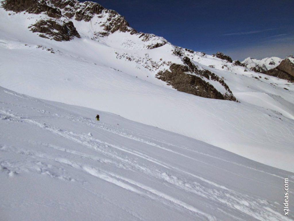 IMG 0116 1024x768 - Esquiando en el Glaciar de Maladeta en junio.