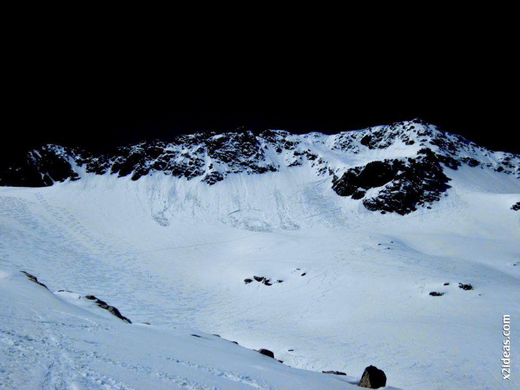 IMG 0119 1024x768 - Esquiando en el Glaciar de Maladeta en junio.
