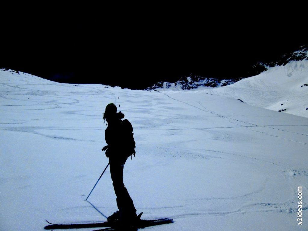 IMG 0126 1024x768 - Esquiando en el Glaciar de Maladeta en junio.