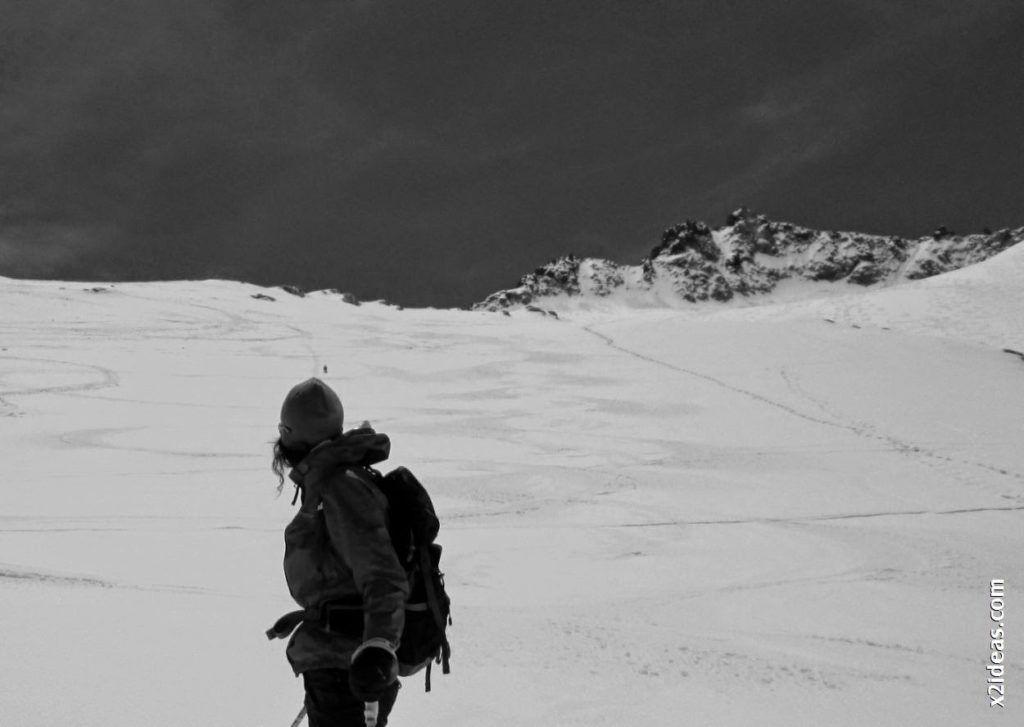 IMG 0128 1024x727 - Esquiando en el Glaciar de Maladeta en junio.