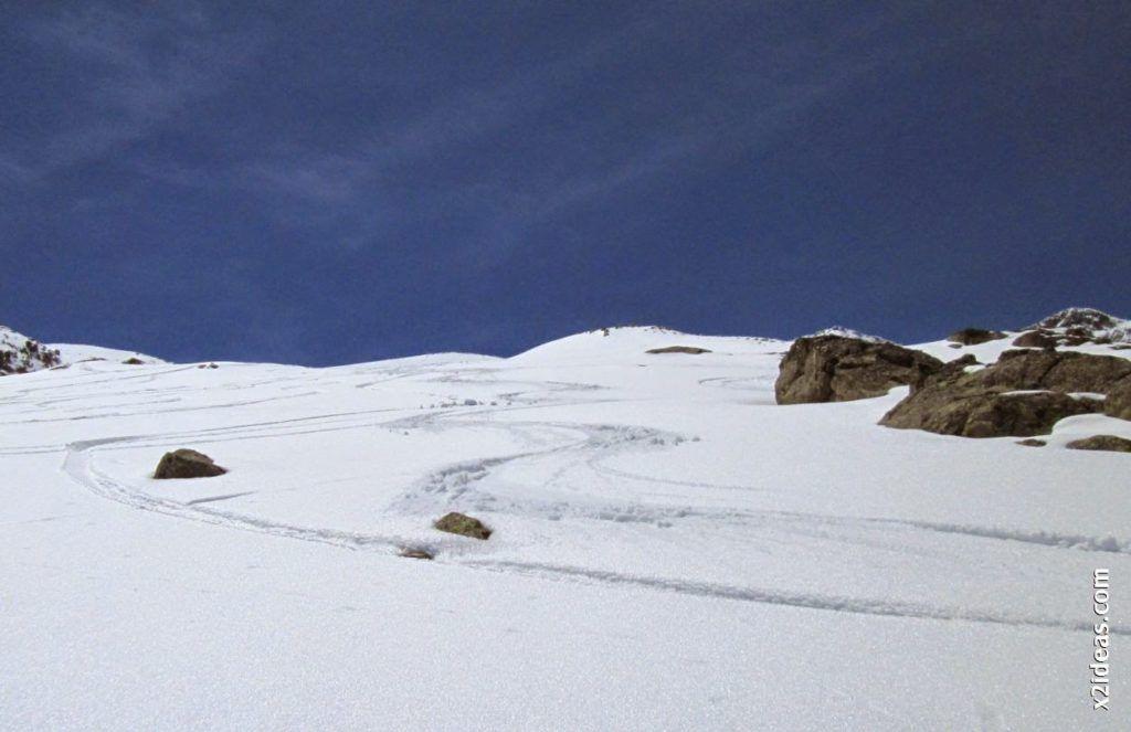 IMG 0133 1024x663 - Esquiando en el Glaciar de Maladeta en junio.