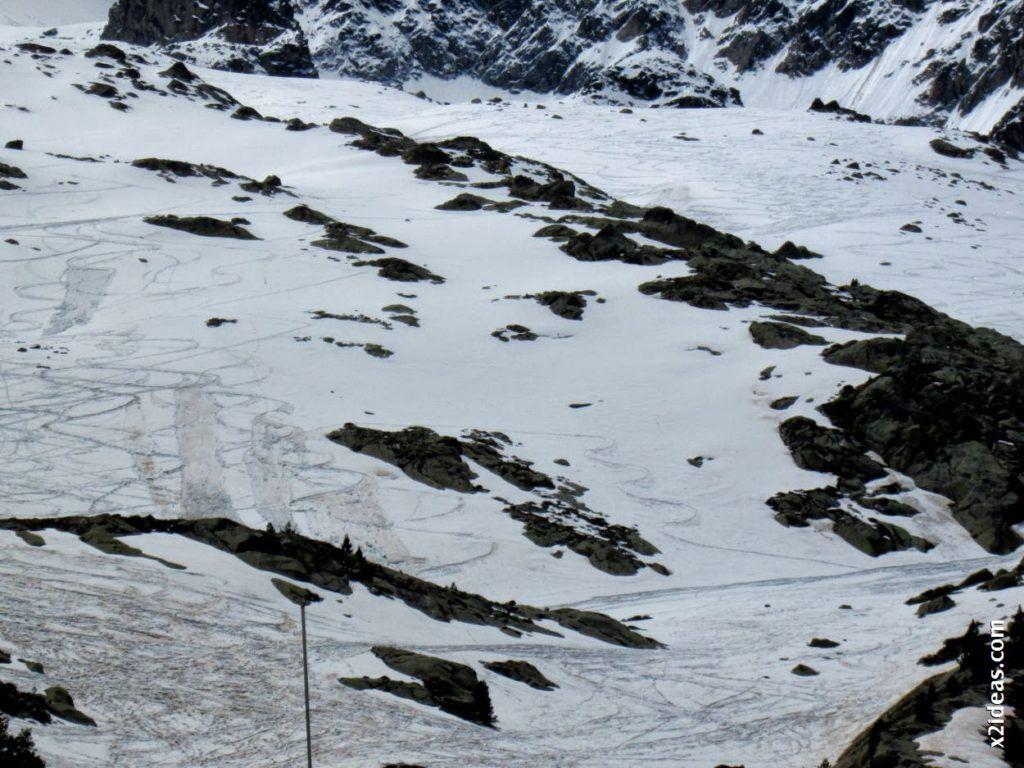 IMG 0135 1024x768 - Esquiando en el Glaciar de Maladeta en junio.