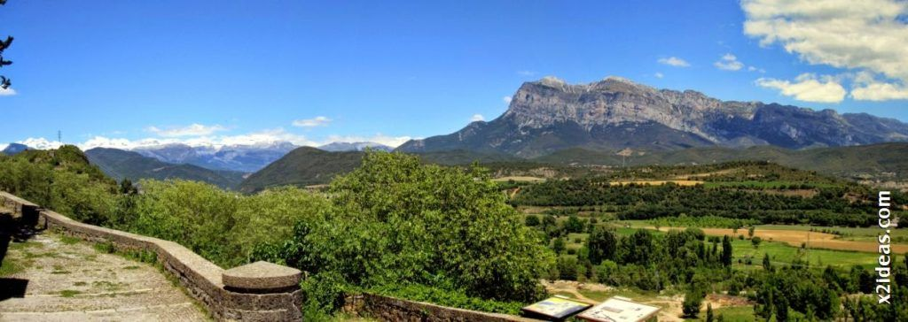 Panorama 1 001 1 1024x364 - Visitando Ainsa, repetiré ...