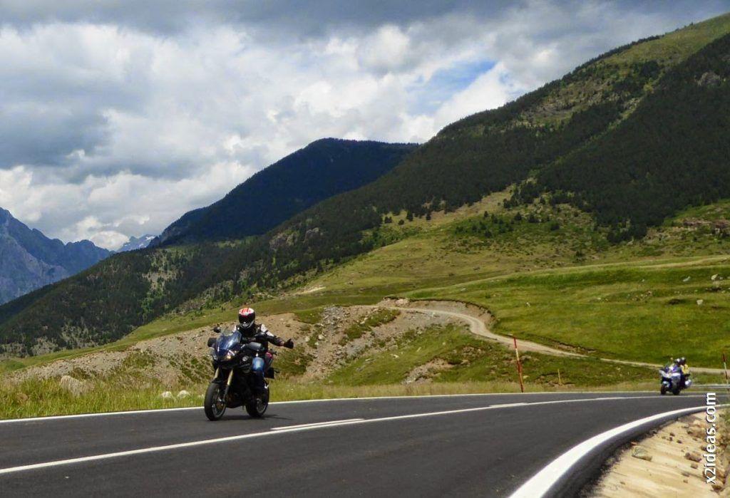 P1000509 1024x699 - Triumph en Cerler, Valle de Benasque, Pirineos