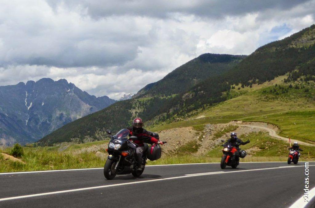 P1000526 1024x675 - Triumph en Cerler, Valle de Benasque, Pirineos