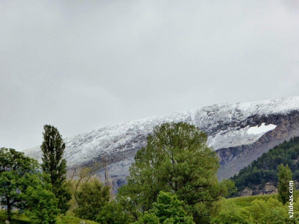 P1000571 1024x768 - San Fermín y día de locos en el Pirineo