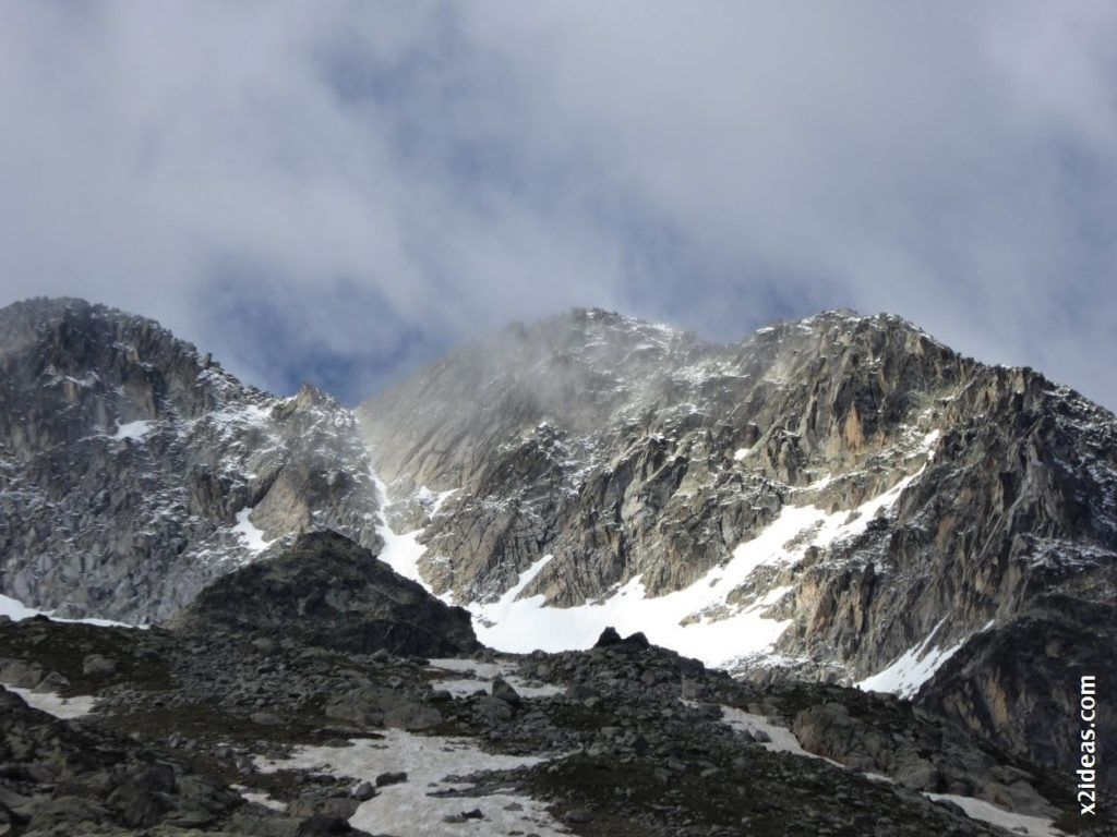 P1000632 1024x768 - Porteando camino a La Renclusa, Valle de Benasque, Pirineos.