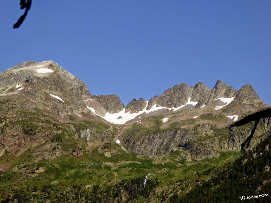 P1000840 1024x768 - Pues llegó el verano al Valle de Benasque, Pirineos.