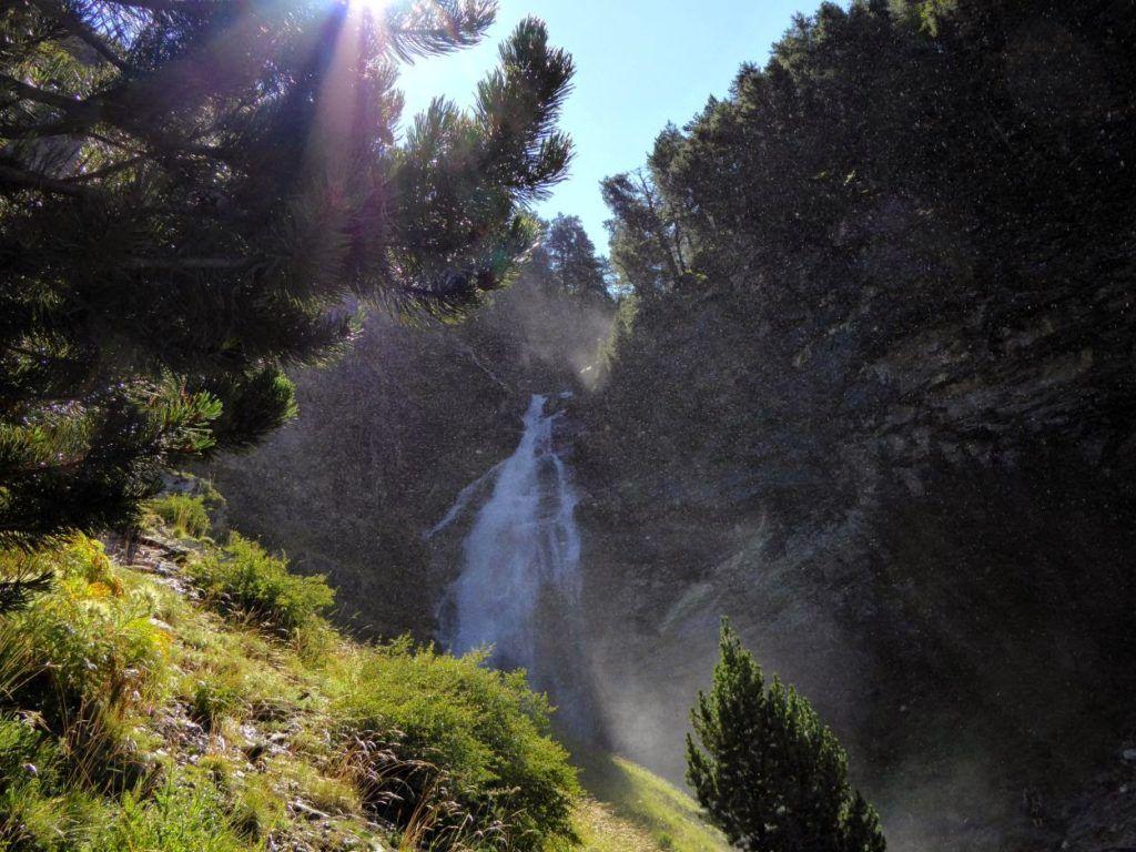 P1010905 1024x768 - Puesta a punto del pie por el Valle de Benasque.