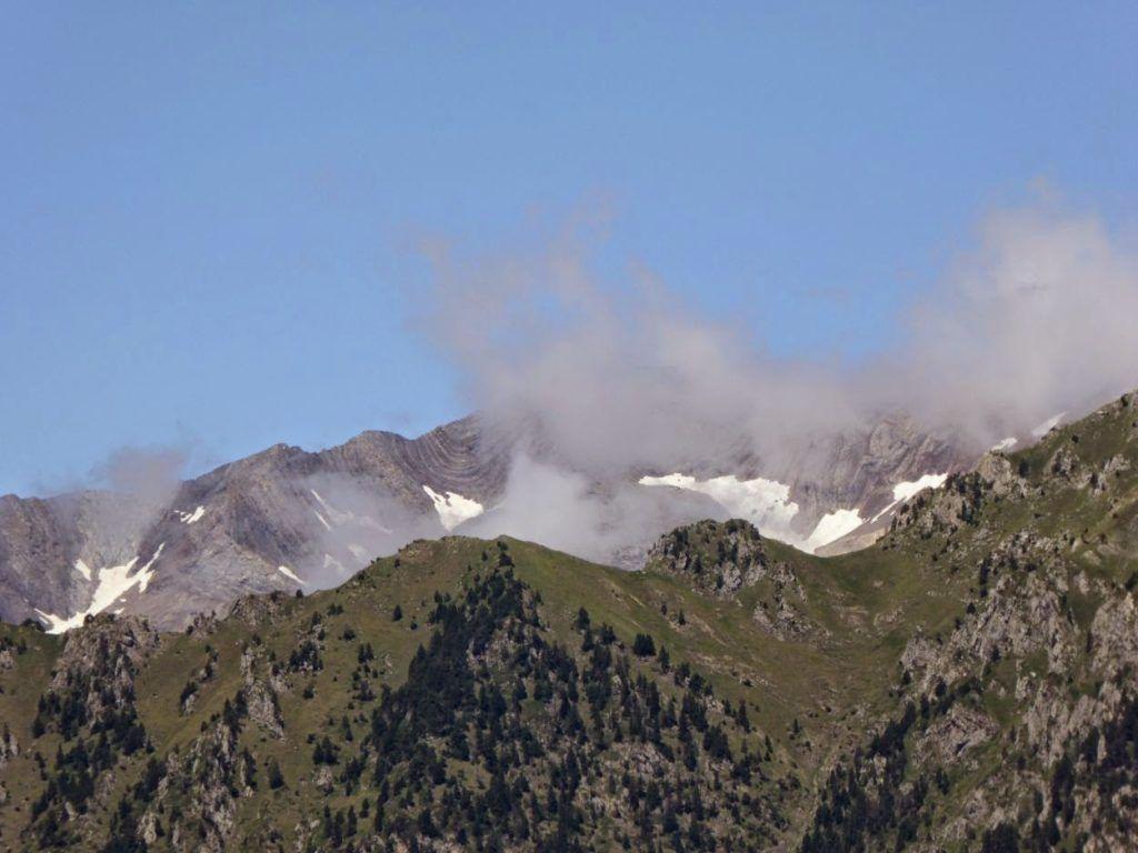 P1010985 1024x768 - Puesta a punto del pie por el Valle de Benasque.