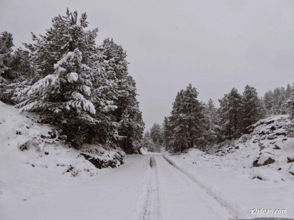 P1040283 1024x768 - Noviembre empieza con nieve en Cerler y el Valle de Benasque.