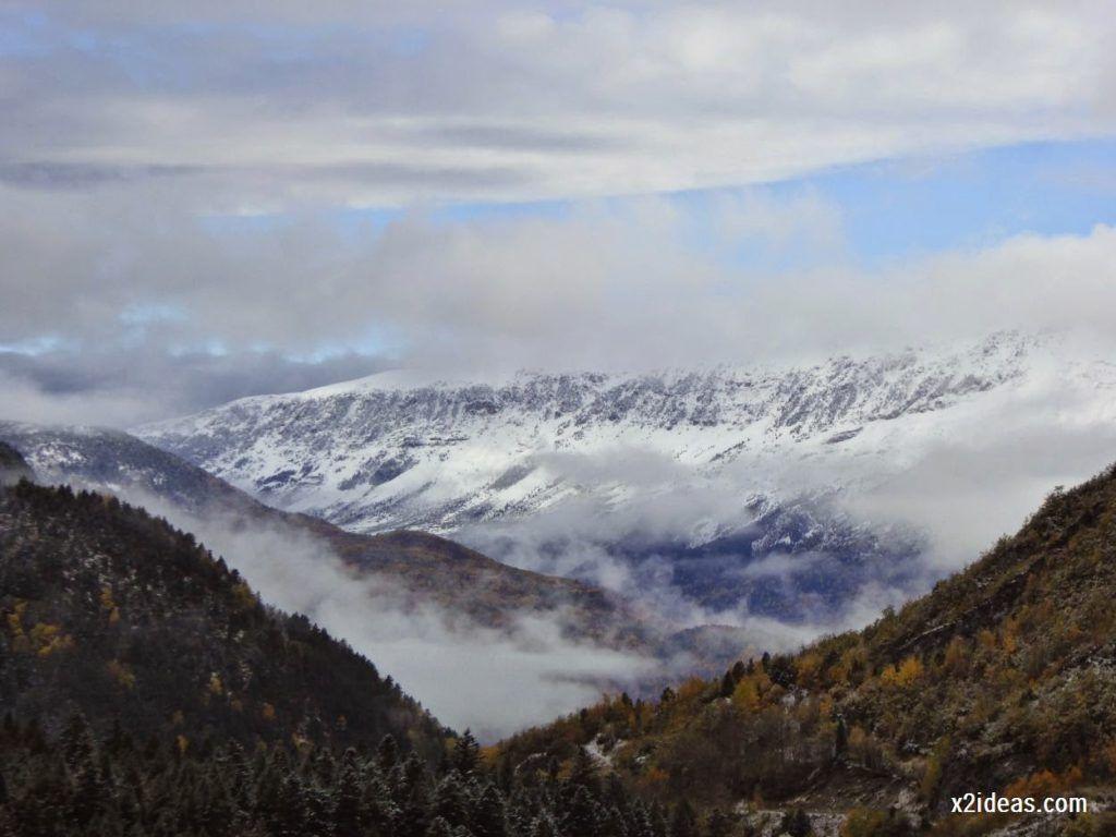 P1040300 1024x768 - Noviembre empieza con nieve en Cerler y el Valle de Benasque.