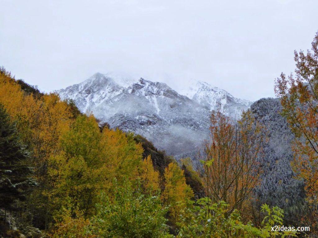 P1040301 1024x768 - Noviembre empieza con nieve en Cerler y el Valle de Benasque.