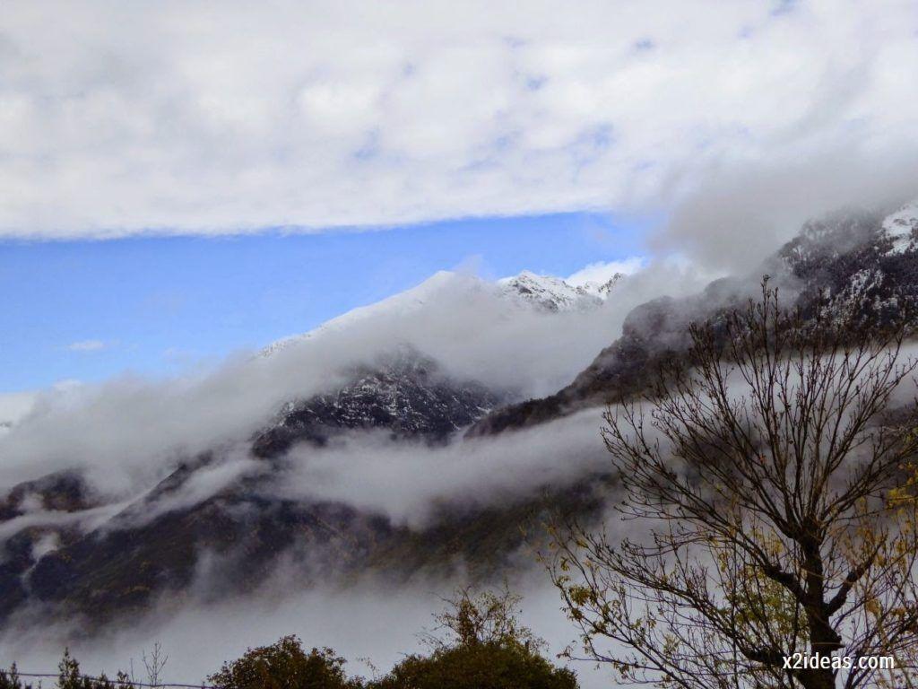 P1040312 1024x768 - Noviembre empieza con nieve en Cerler y el Valle de Benasque.