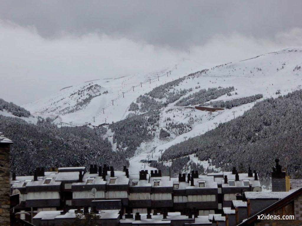 P1040314 1024x768 - Noviembre empieza con nieve en Cerler y el Valle de Benasque.