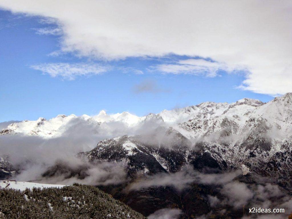 P1040338 1024x768 - Noviembre empieza con nieve en Cerler y el Valle de Benasque.