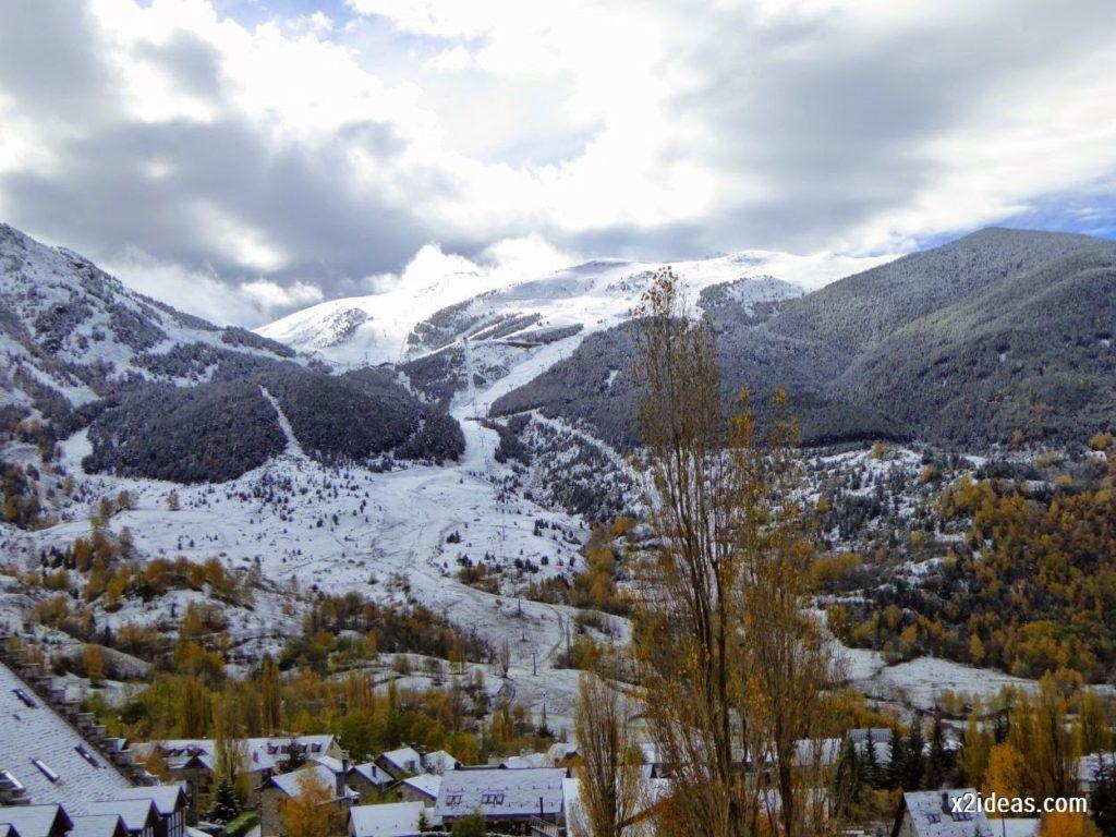 P1040359 1024x768 - Noviembre empieza con nieve en Cerler y el Valle de Benasque.