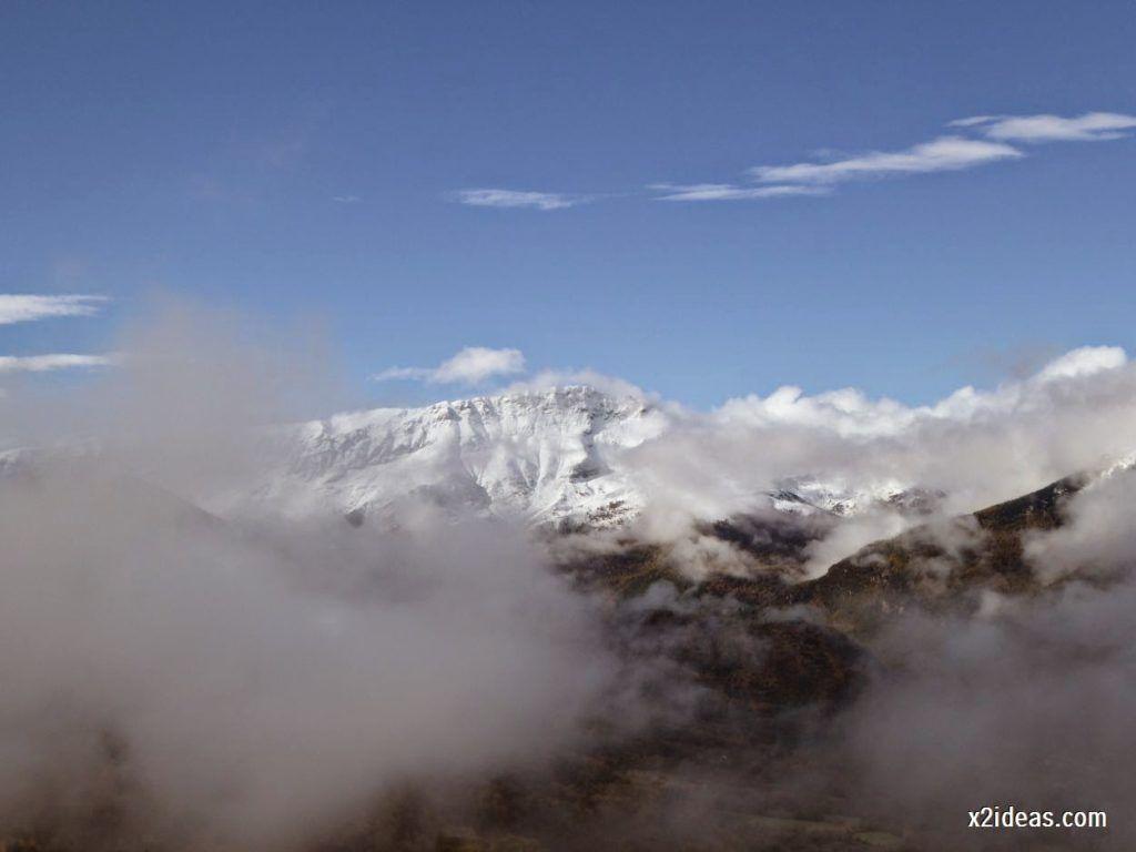 P1040360 1024x768 - Noviembre empieza con nieve en Cerler y el Valle de Benasque.