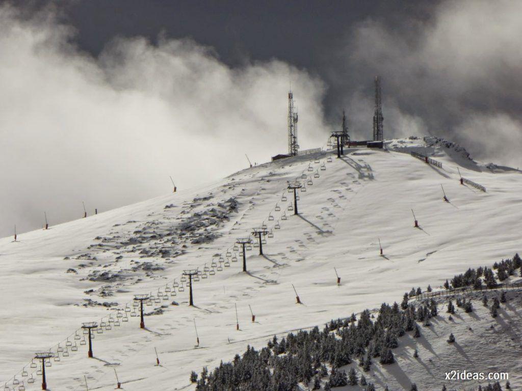 P1040363 1024x768 - Noviembre empieza con nieve en Cerler y el Valle de Benasque.