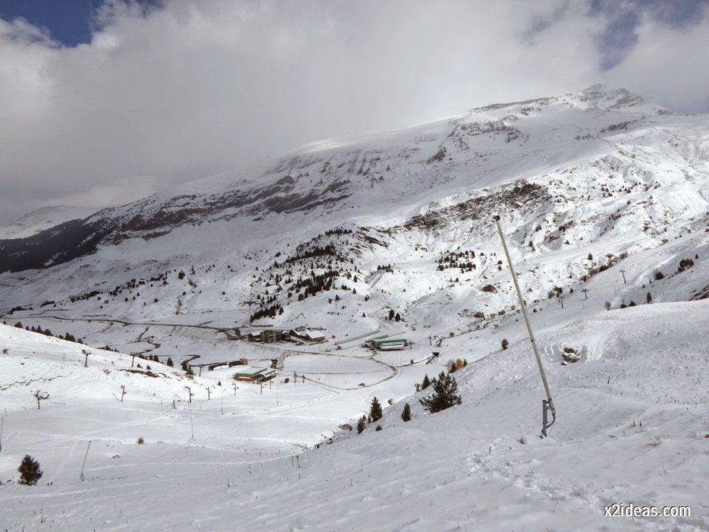 P1040420 1024x768 - Primera cata de nieve, Gallinero pero en raquetas.