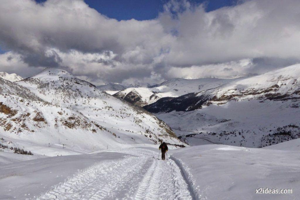 P1040432 1024x682 - Primera cata de nieve, Gallinero pero en raquetas.