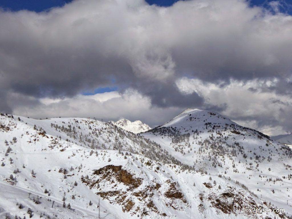 P1040435 1024x768 - Primera cata de nieve, Gallinero pero en raquetas.