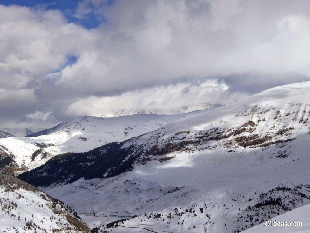 P1040436 1024x768 - Primera cata de nieve, Gallinero pero en raquetas.