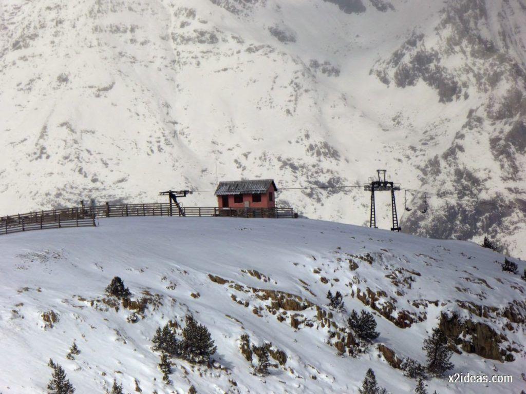 P1040452 1024x768 - Primera cata de nieve, Gallinero pero en raquetas.
