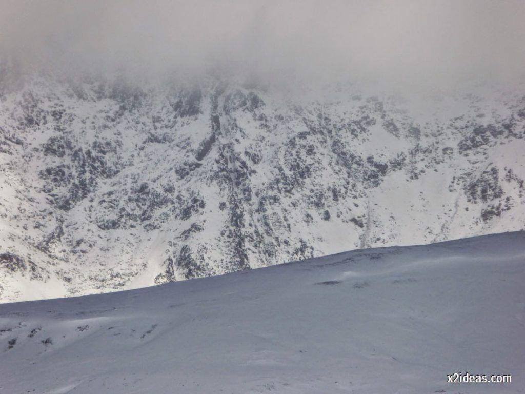 P1040453 1024x768 - Primera cata de nieve, Gallinero pero en raquetas.