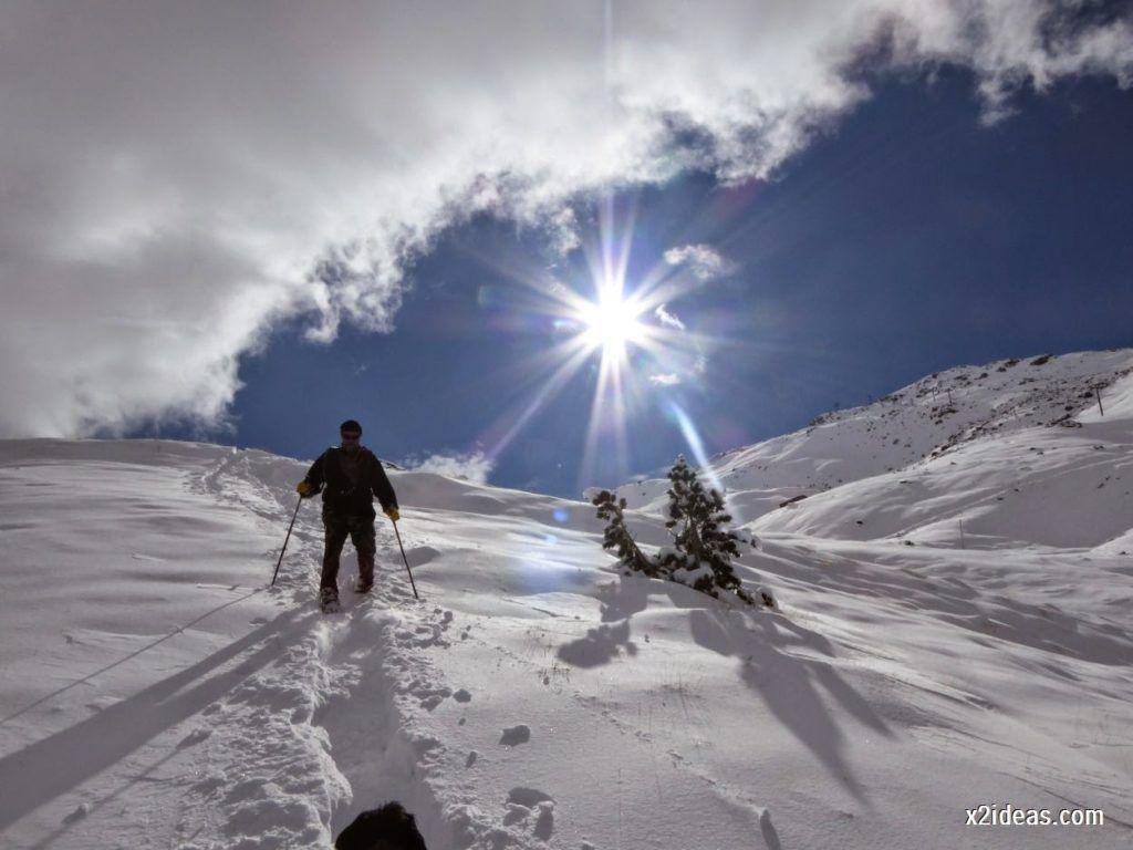P1040462 1024x768 - Primera cata de nieve, Gallinero pero en raquetas.
