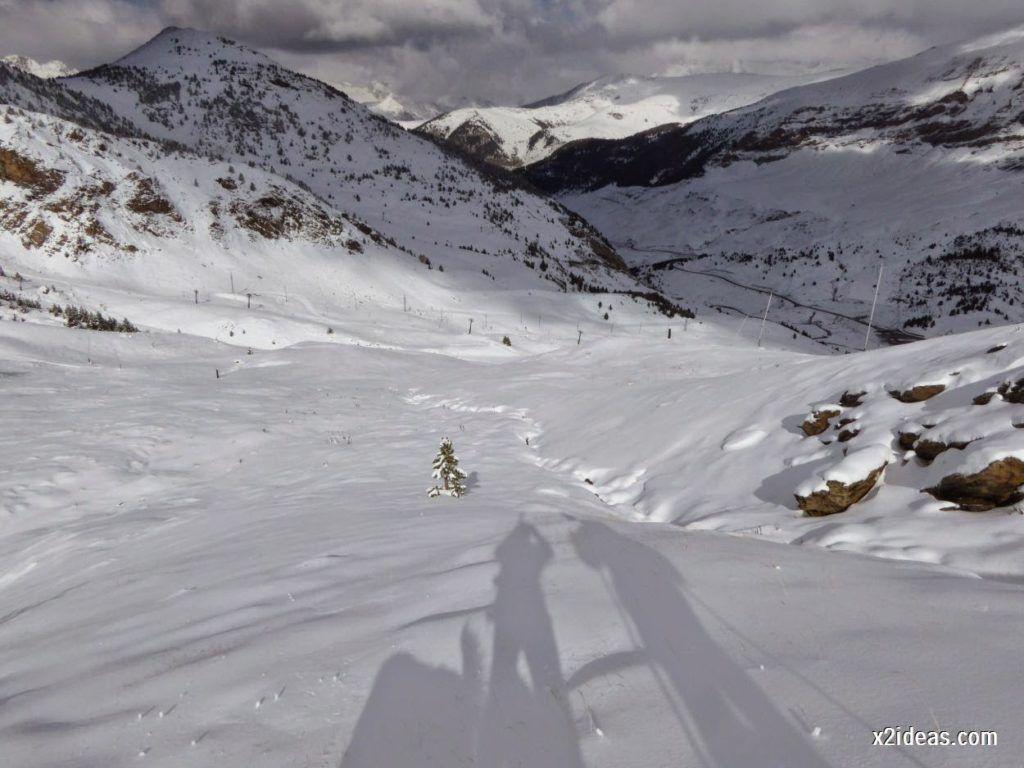 P1040464 1024x768 - Primera cata de nieve, Gallinero pero en raquetas.