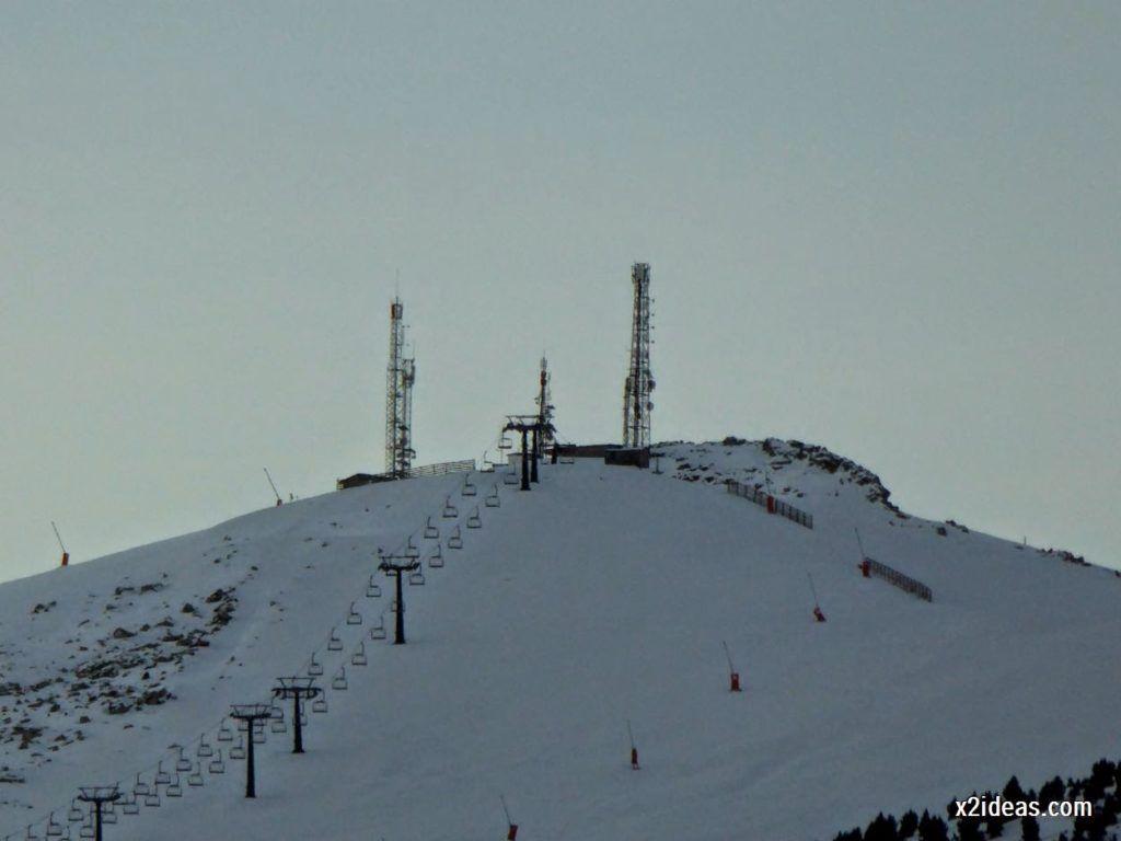 P1040990 1024x768 - Sexta esquiada, Cerler mantiene nieve polvo en cotas altas.