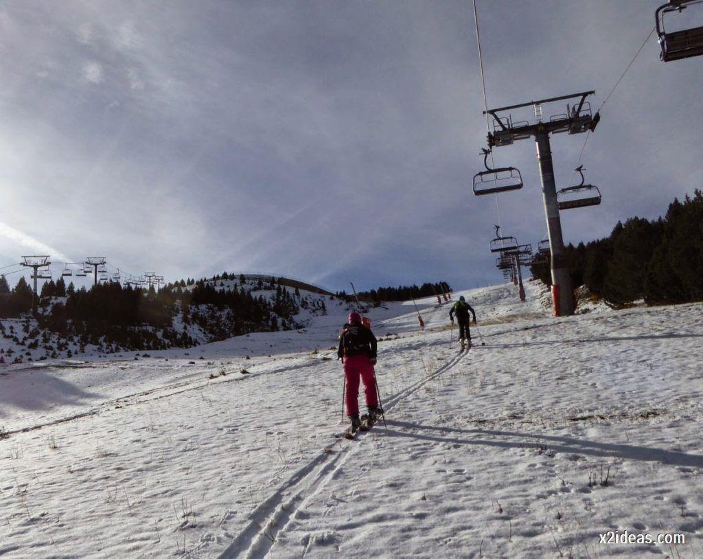 P1040992 1024x814 - Sexta esquiada, Cerler mantiene nieve polvo en cotas altas.
