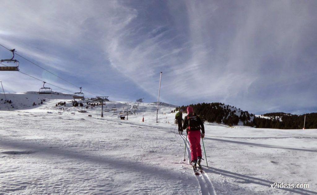 P1040995 1024x629 - Sexta esquiada, Cerler mantiene nieve polvo en cotas altas.