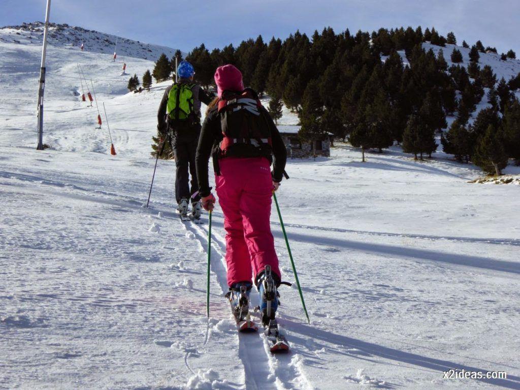 P1040996 1024x768 - Sexta esquiada, Cerler mantiene nieve polvo en cotas altas.
