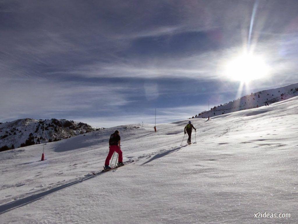 P1050005 1024x768 - Sexta esquiada, Cerler mantiene nieve polvo en cotas altas.