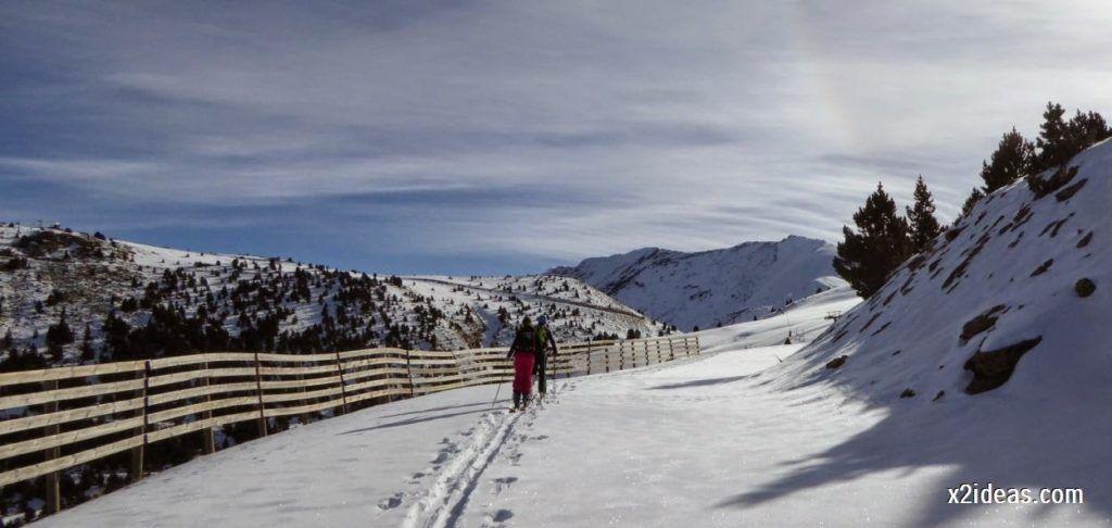 P1050016 1024x486 - Sexta esquiada, Cerler mantiene nieve polvo en cotas altas.