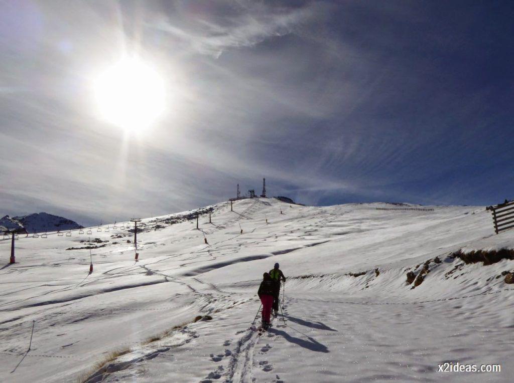 P1050020 1024x764 - Sexta esquiada, Cerler mantiene nieve polvo en cotas altas.