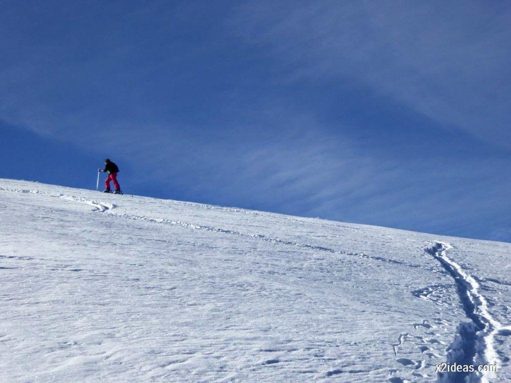 P1050022 1024x768 - Sexta esquiada, Cerler mantiene nieve polvo en cotas altas.
