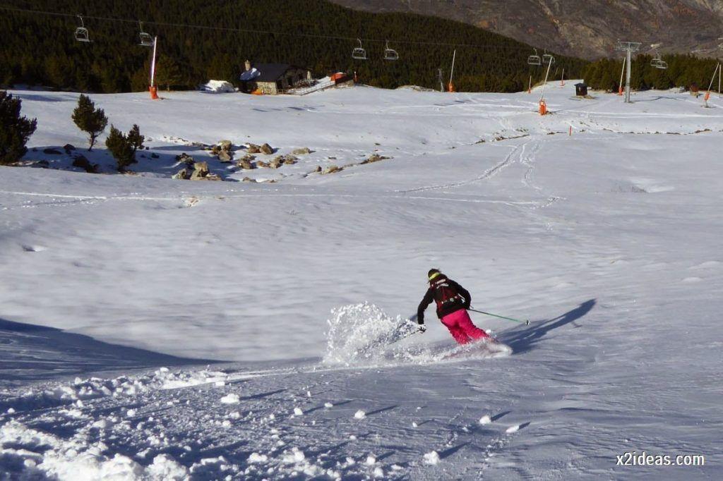 P1050157 1024x682 - Sexta esquiada, Cerler mantiene nieve polvo en cotas altas.