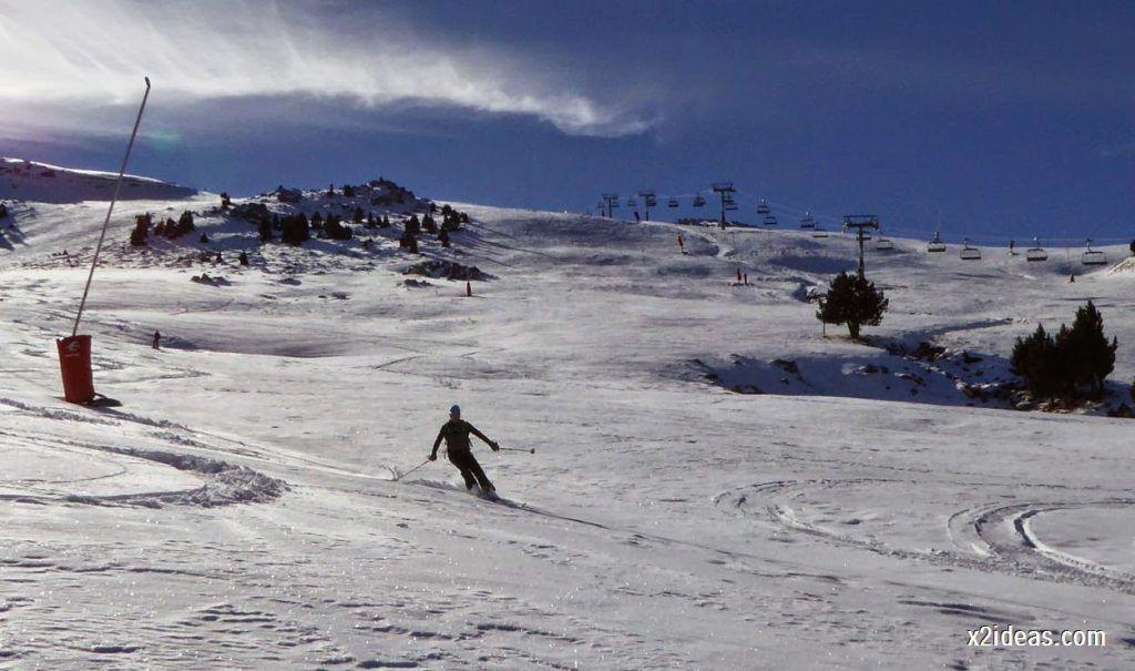 P1050170 1024x605 - Sexta esquiada, Cerler mantiene nieve polvo en cotas altas.