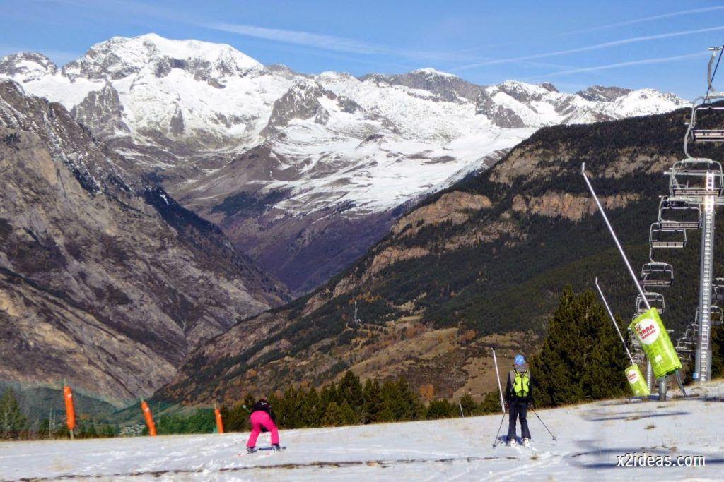 P1050187 1024x683 - Sexta esquiada, Cerler mantiene nieve polvo en cotas altas.
