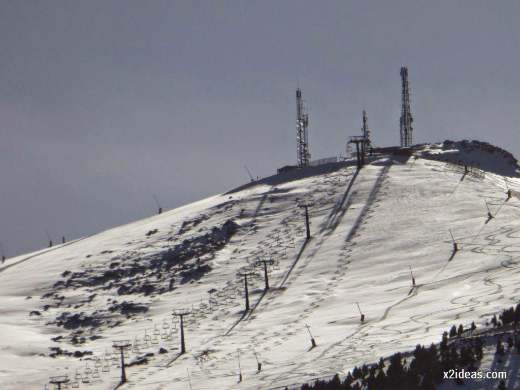 P1050217 1024x768 - Sexta esquiada, Cerler mantiene nieve polvo en cotas altas.