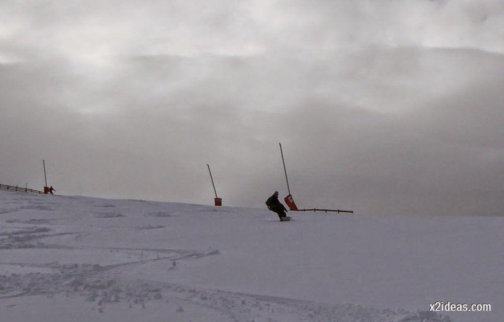 P1050270 1024x654 - Séptima, bajamos por las pistas de Cerler, Valle de Benasque.