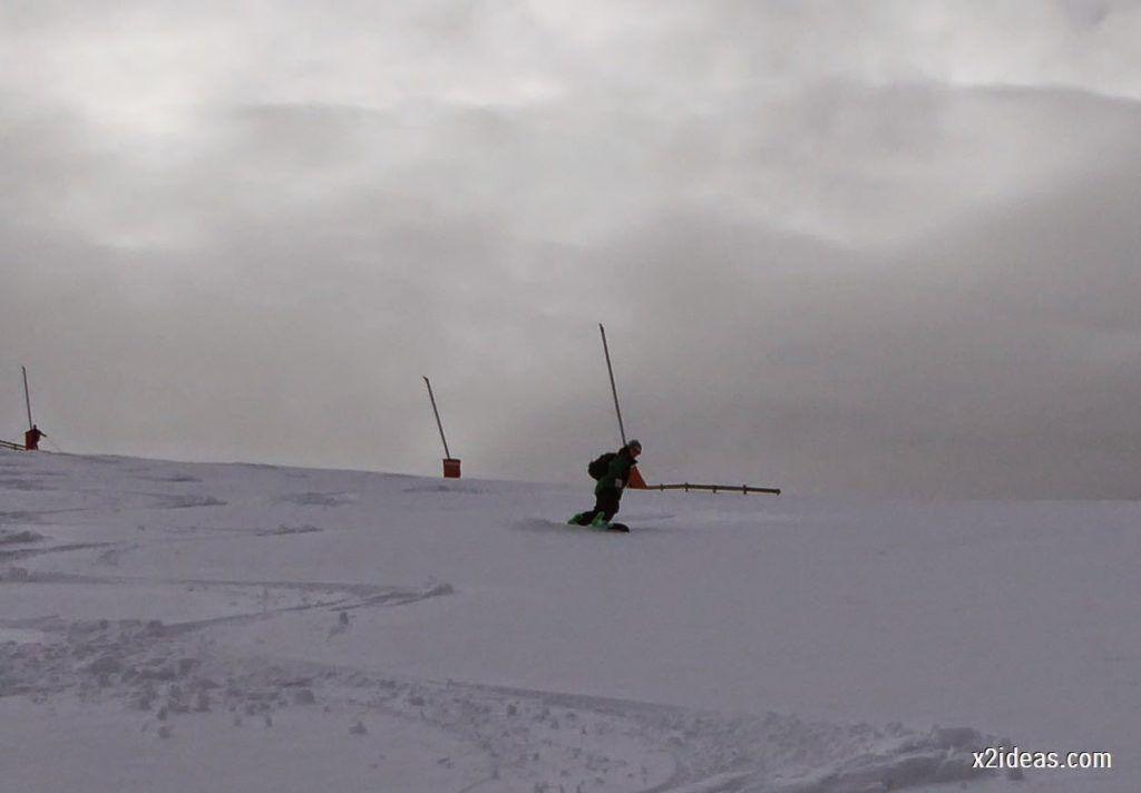 P1050271 1024x712 - Séptima, bajamos por las pistas de Cerler, Valle de Benasque.