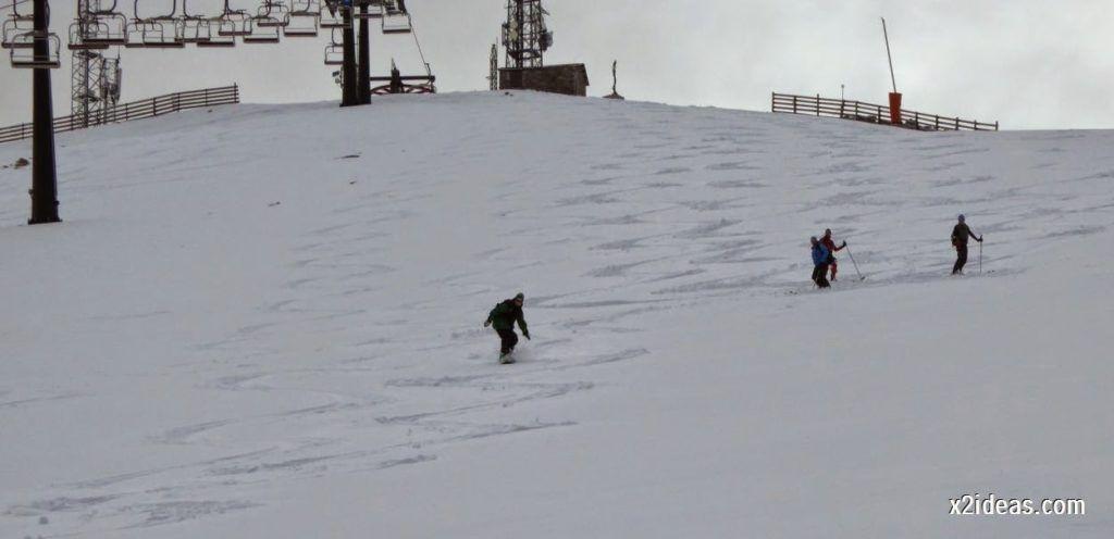 P1050279 1024x496 - Séptima, bajamos por las pistas de Cerler, Valle de Benasque.
