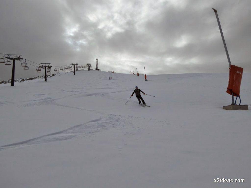 P1050288 1024x768 - Séptima, bajamos por las pistas de Cerler, Valle de Benasque.