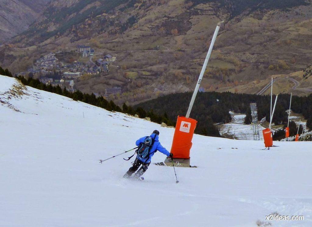 P1050299 1024x745 - Séptima, bajamos por las pistas de Cerler, Valle de Benasque.