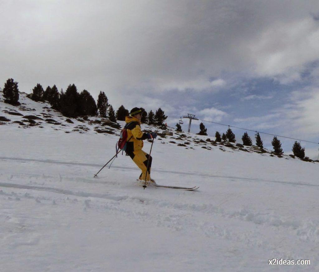 P1050301 1024x874 - Séptima, bajamos por las pistas de Cerler, Valle de Benasque.