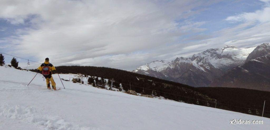 P1050302 1024x493 - Séptima, bajamos por las pistas de Cerler, Valle de Benasque.